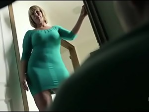 Big Boobs Stepmom Gets Surprised When..