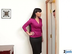 Stepmom Gets Pounded By Her Stepson!
