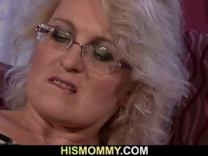 Lusty mom seduces her son&#039_s GF