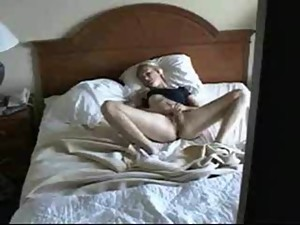 Cute mom masturbating caught by nasty..