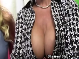 Mom and Daughter fuck a huge cock black..