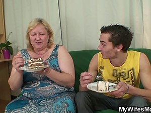 He is lured into sex by chubby mother in..