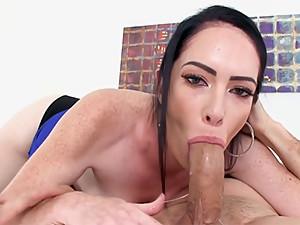 Cougar Bella Maree POV MILF Blowjob Cum..